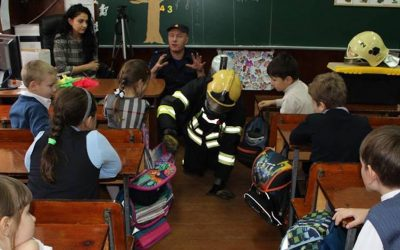 Local firefighters promote safety in Moldovan schools