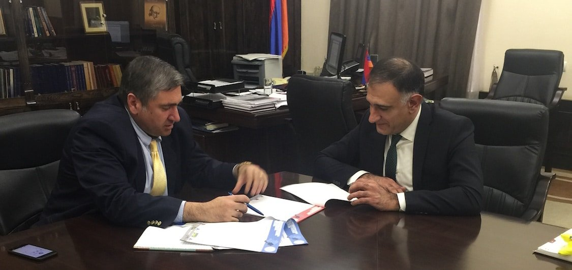 Poghos Shahinyan and governor of Shirak region
