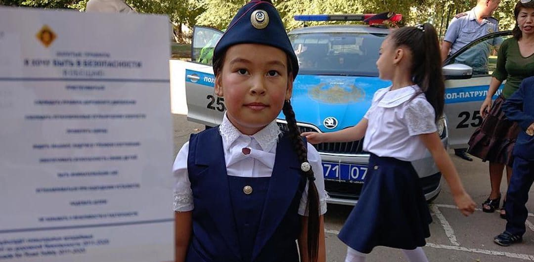 Children in Kazakhstan call on road users to drive safely