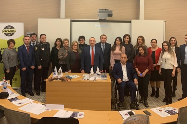 Roundtable meeting addresses road risk of street children in Baku